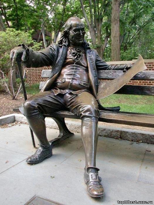 Памятник Бенджамину Франклину.