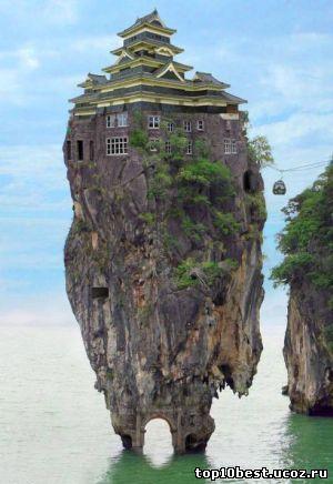 лже-дом на скале